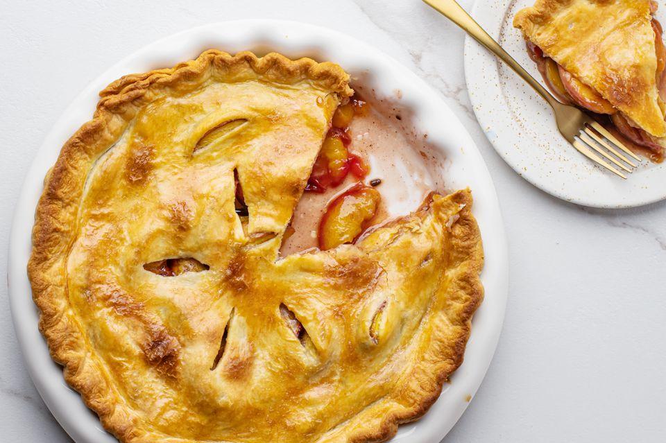 Spiced peach pie recipe