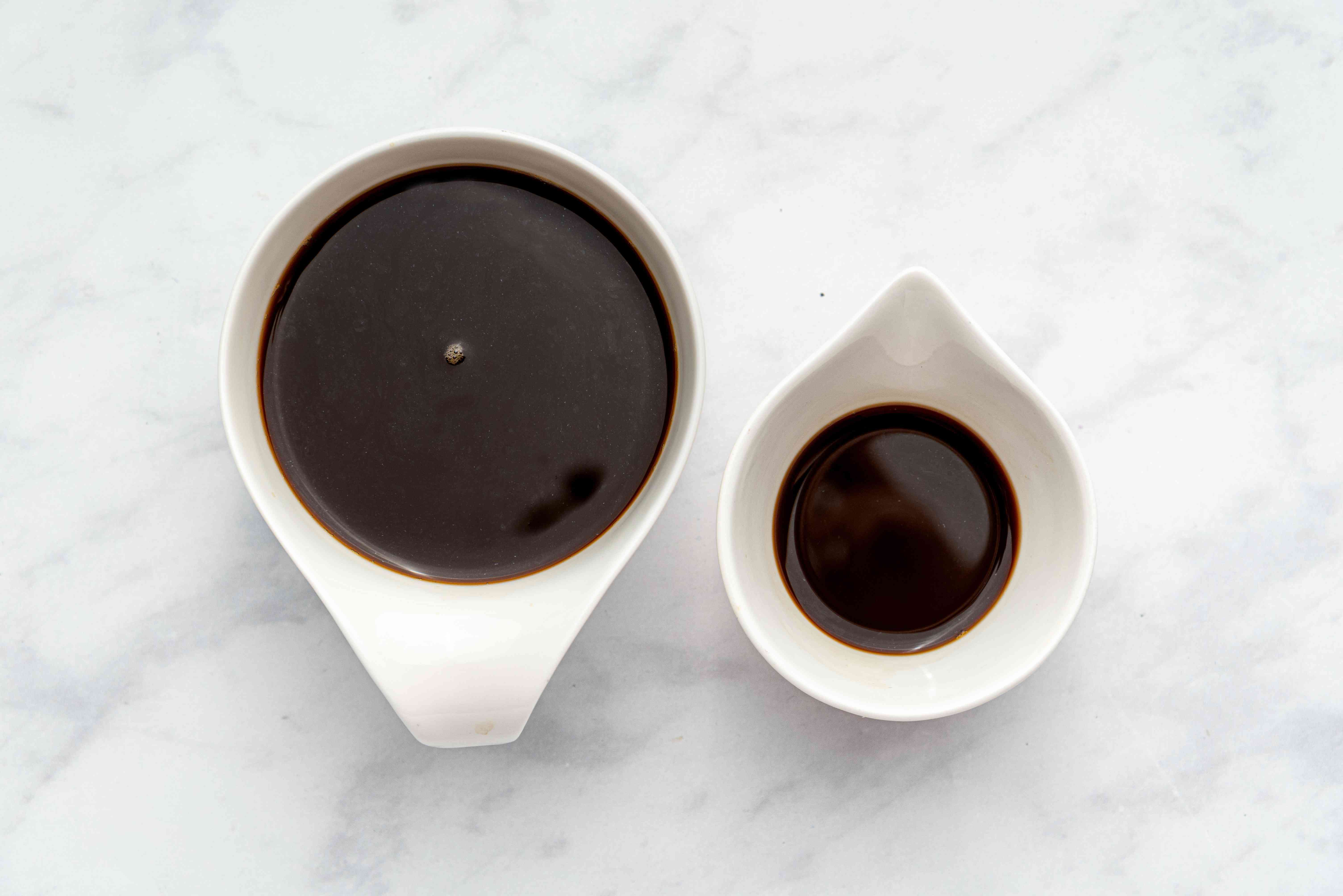 coffee in cups