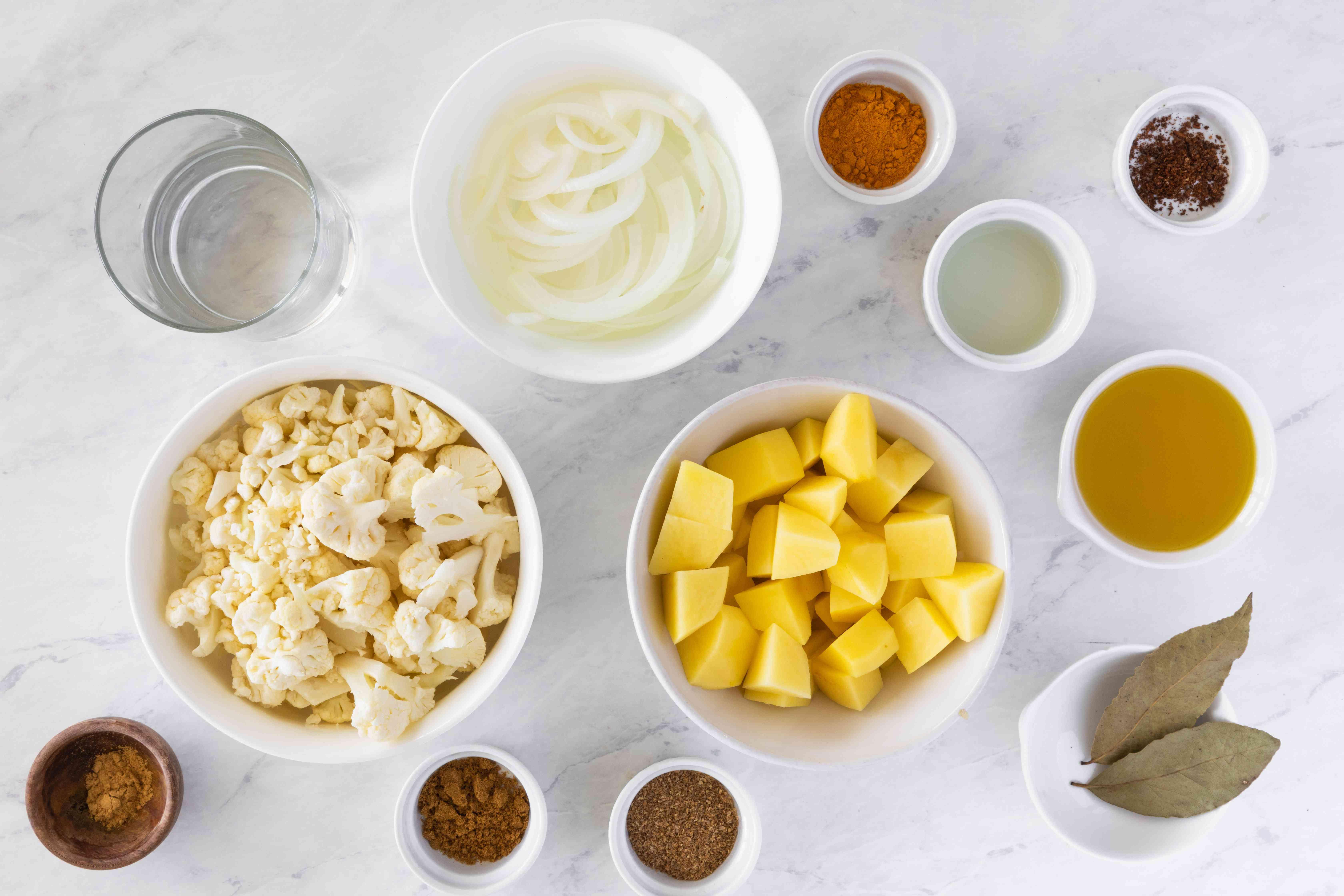 Ingredients for aloo gobi