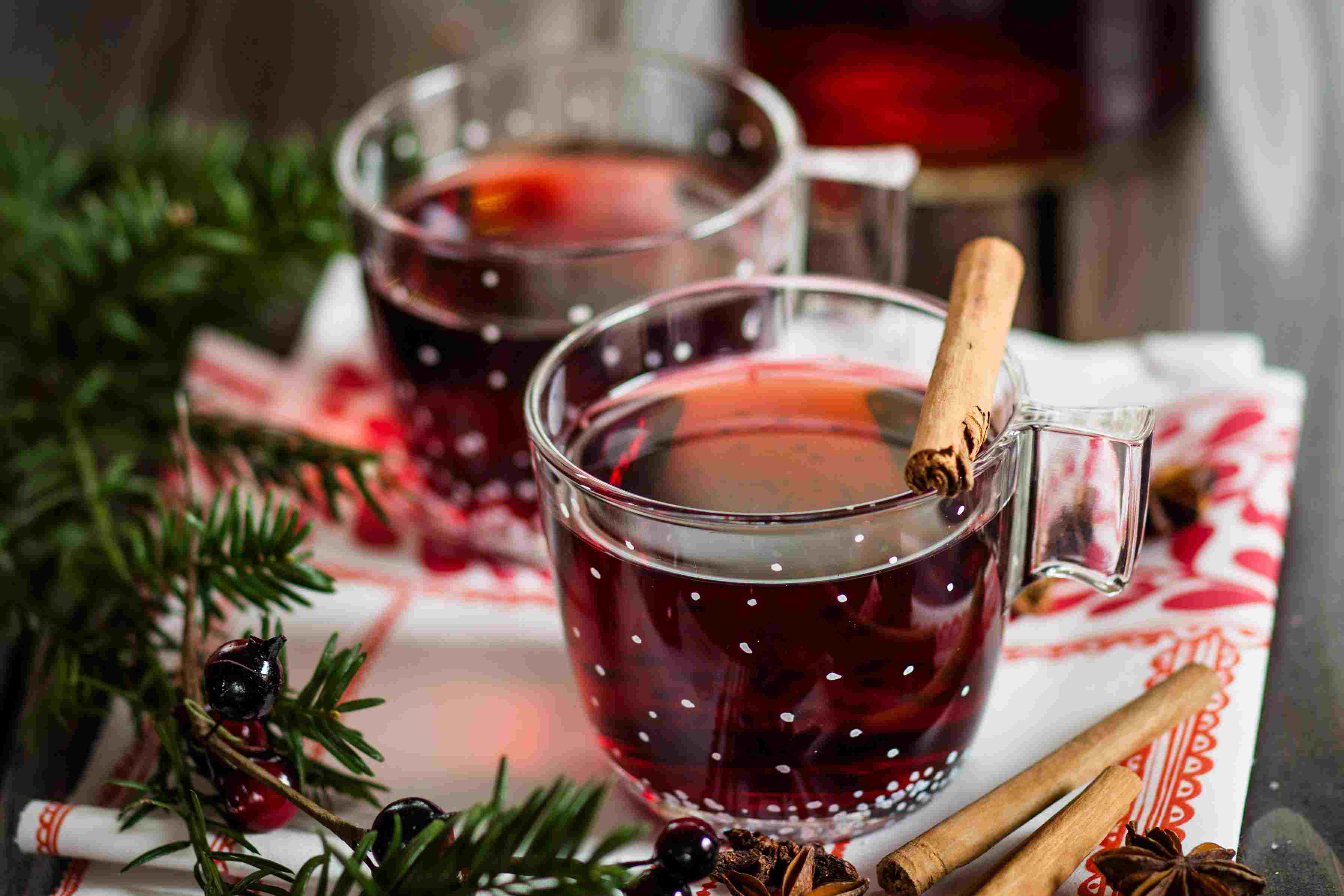 14 Warm and Cozy Mulled Wines Recipes for Holiday Parties