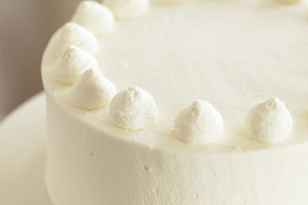 Basic White Cake Recipe and Sifting Tips