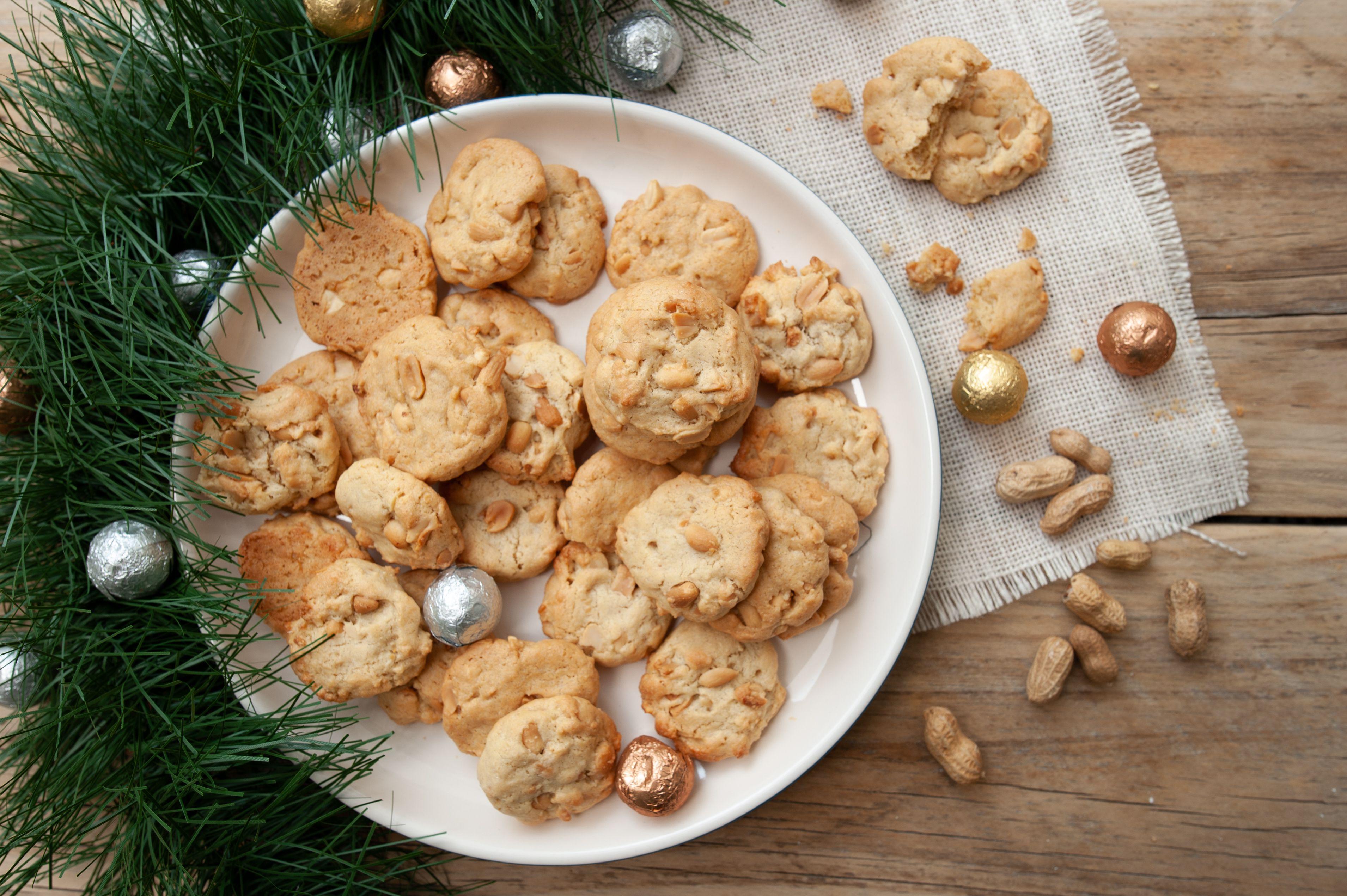 Peanut cookies