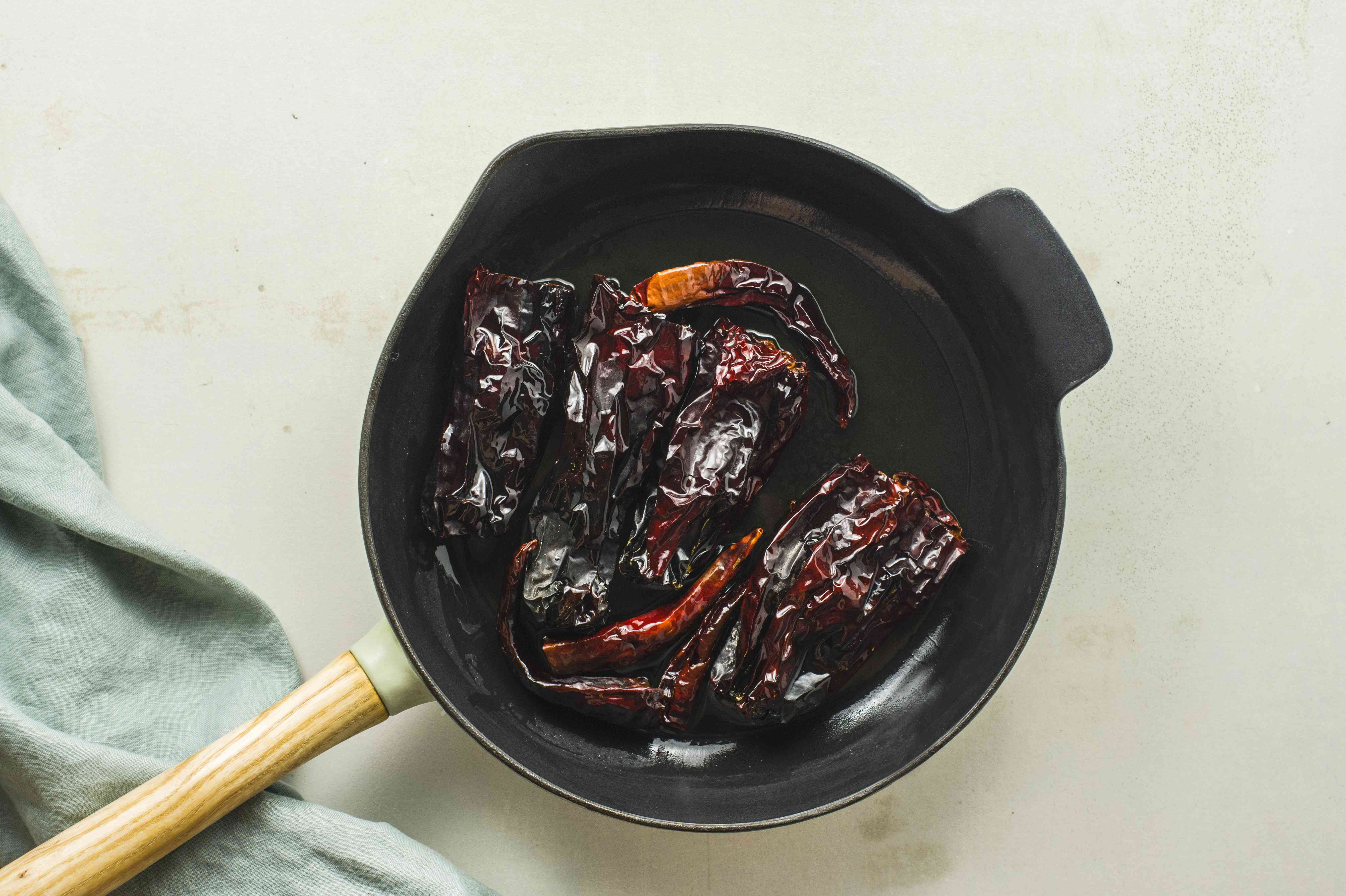 Fry chiles