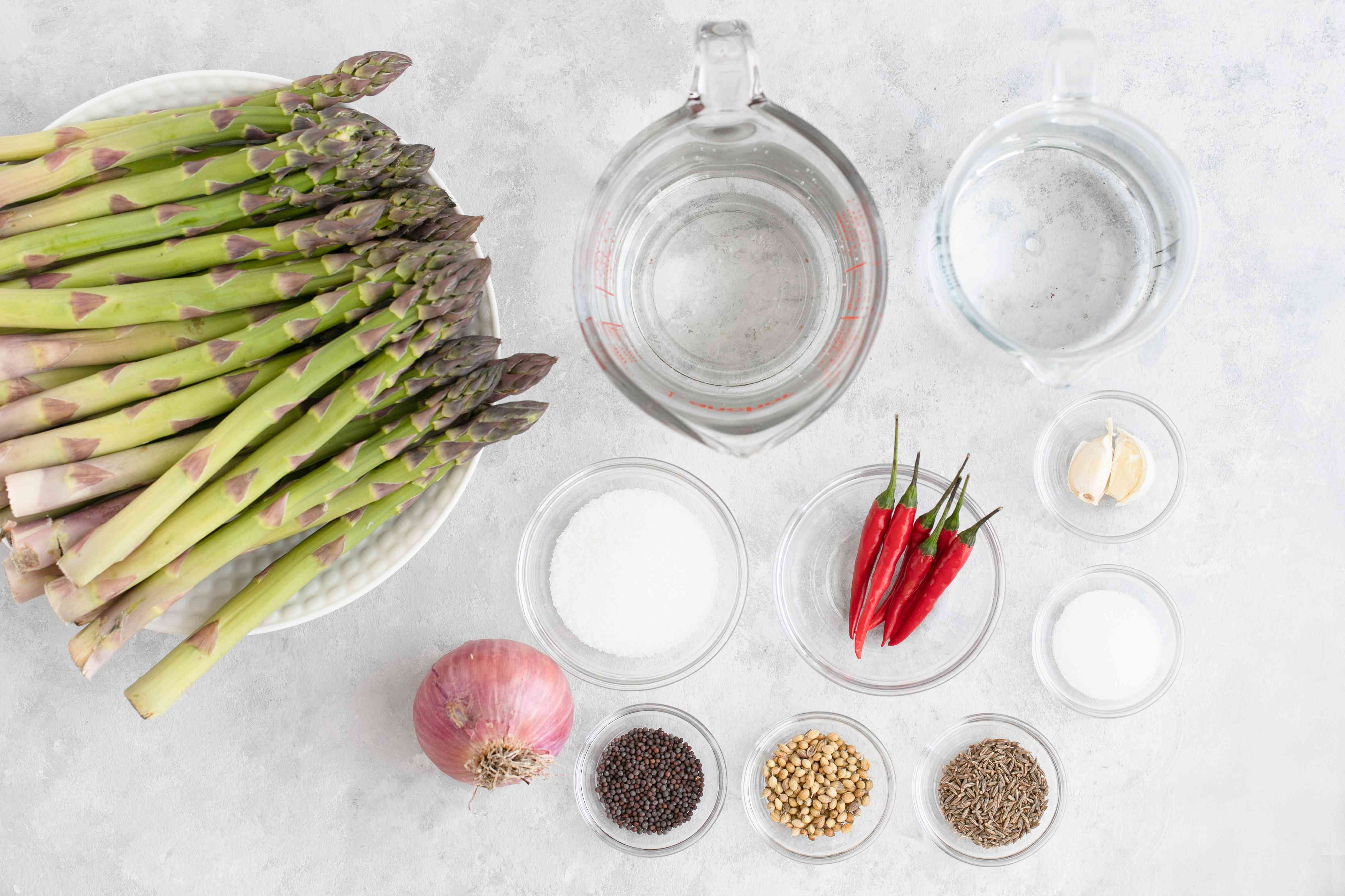 Ingredients for spicy pickled asparagus