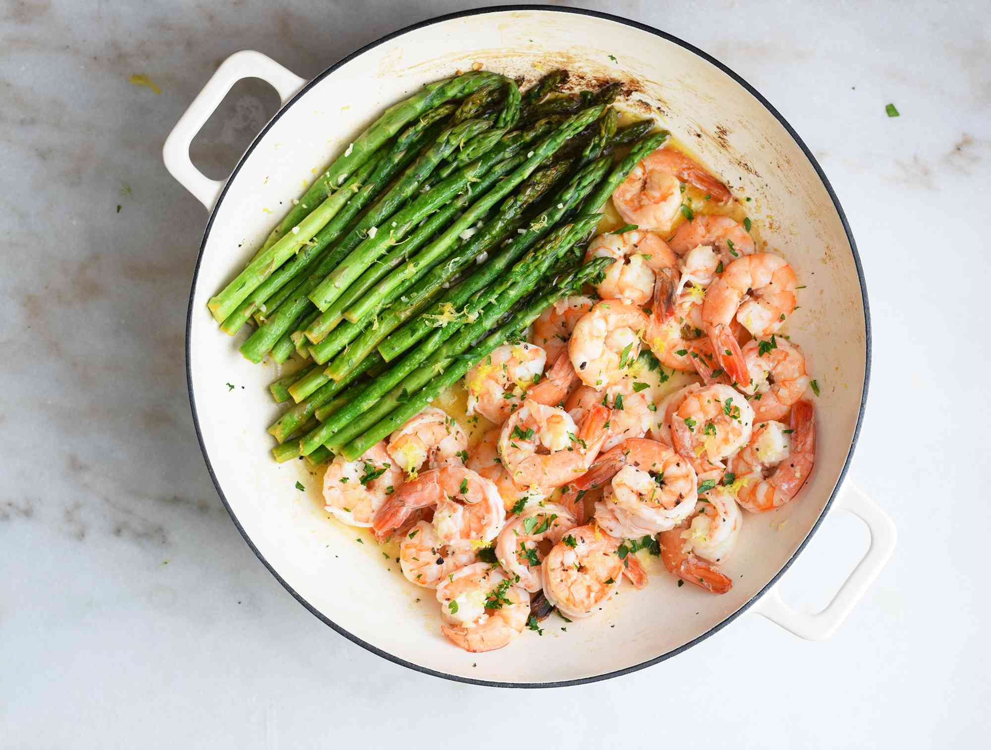 garlic, parsley and lemon with shrimp in one pan