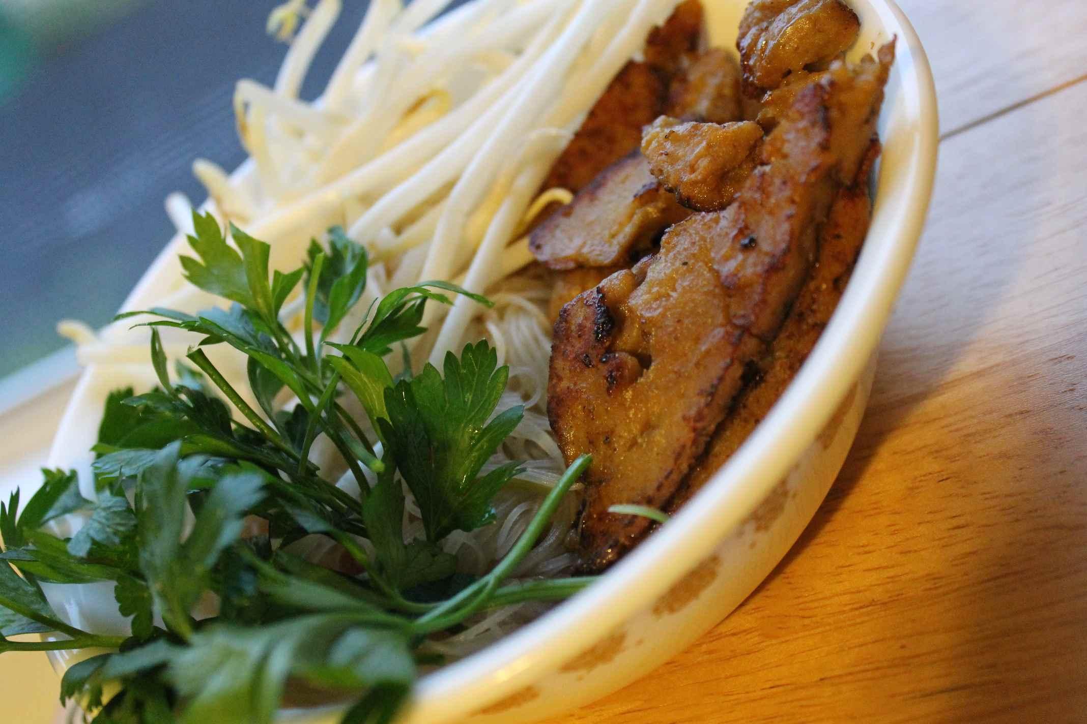 Vegetarian pho with seitan