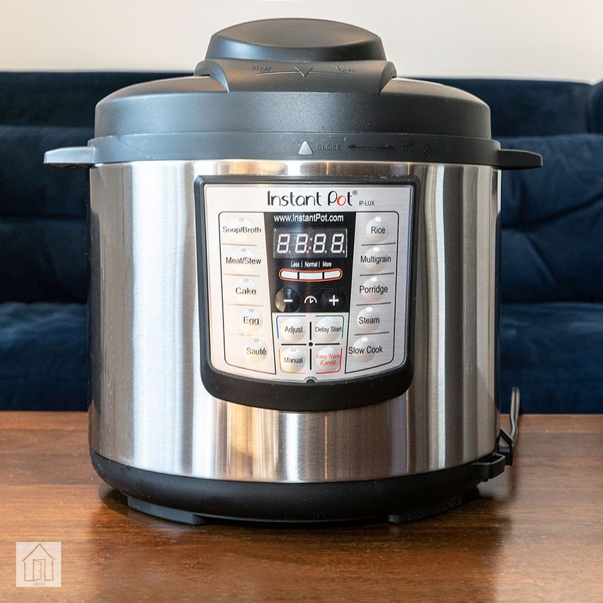 Instant Pot Lux 6-In-1 Programmable Pressure Cooker