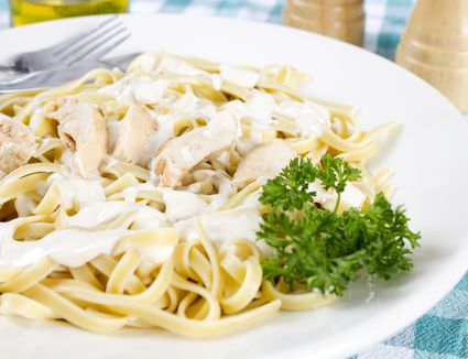 best-store-bought-alfredo-sauces