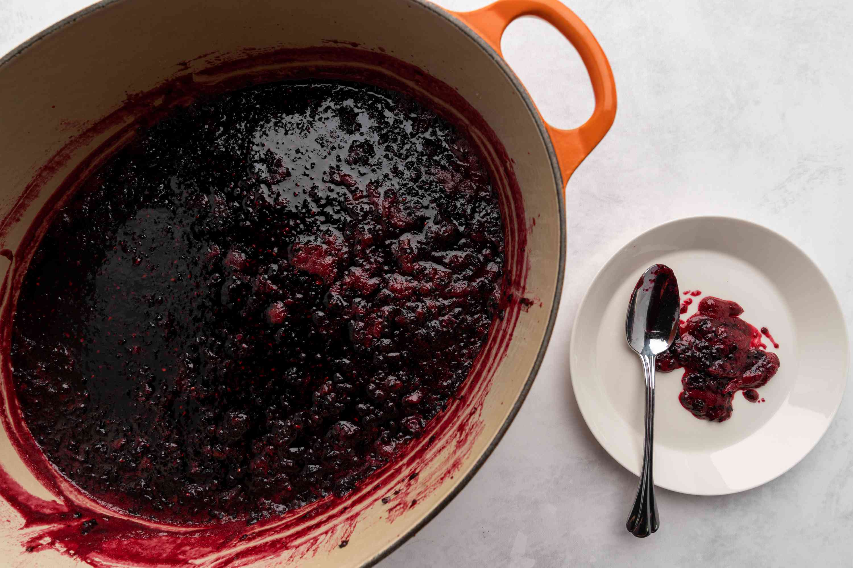 skim foam off the jam