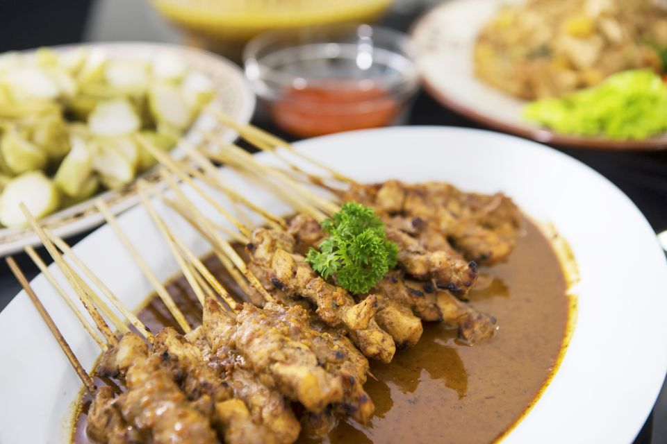 Chicken satay and peanut sauce