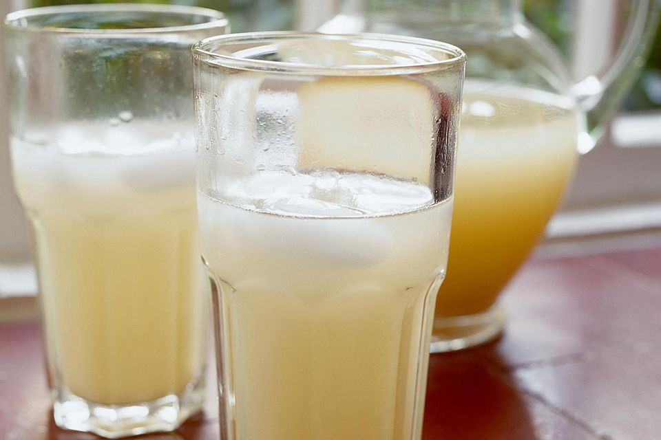 Lemon barley water