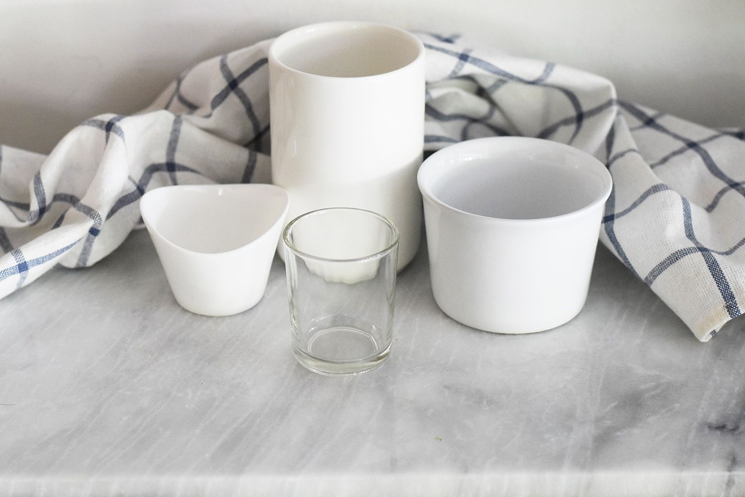 Serving containers and glass