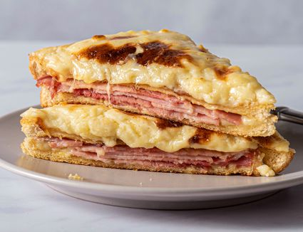 Croque-Monsieur: Classic French Grilled Cheese