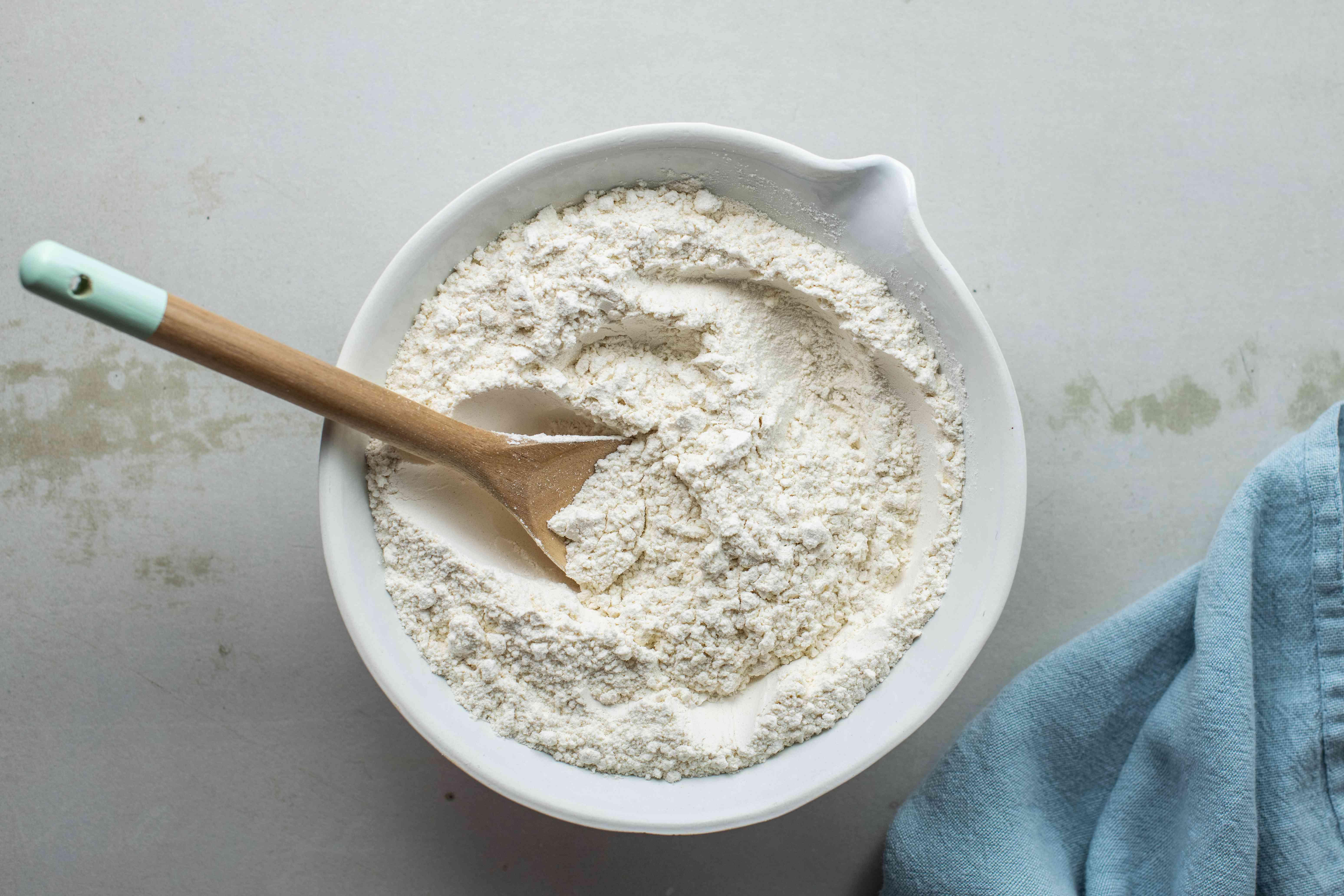 Mix flour and baking powder