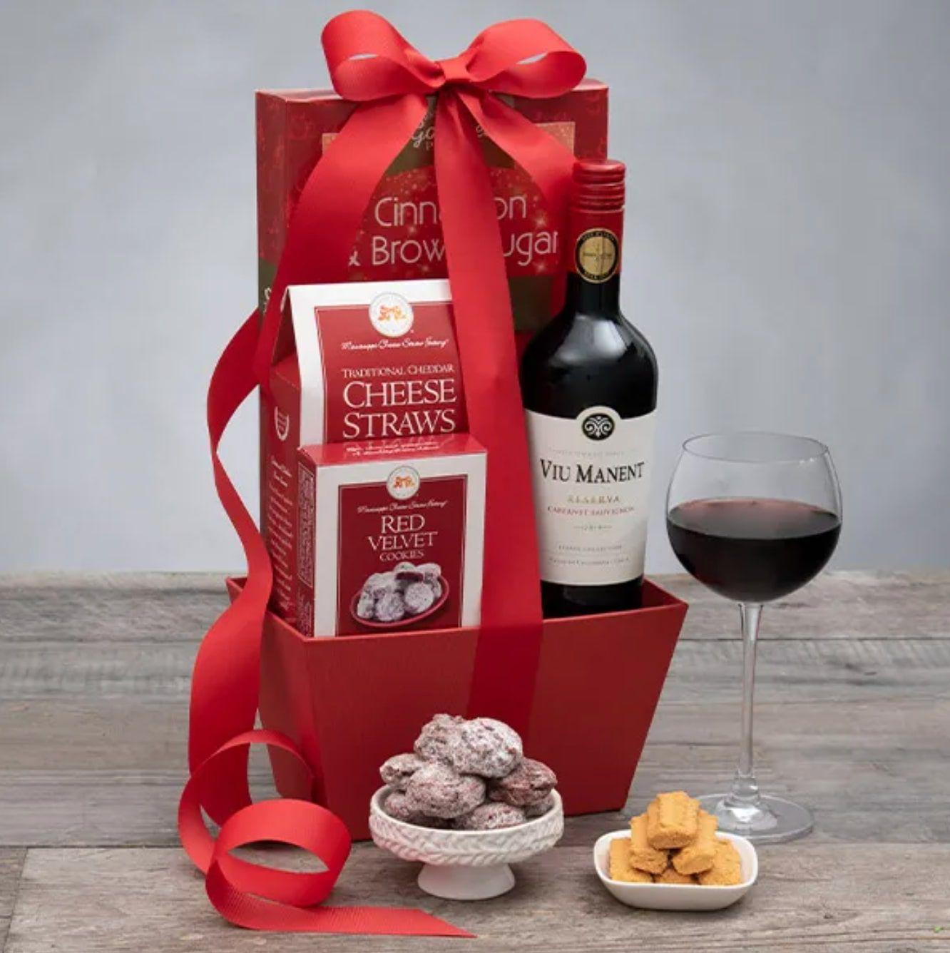 gourmet-gift-baskets-red-wine-favorites