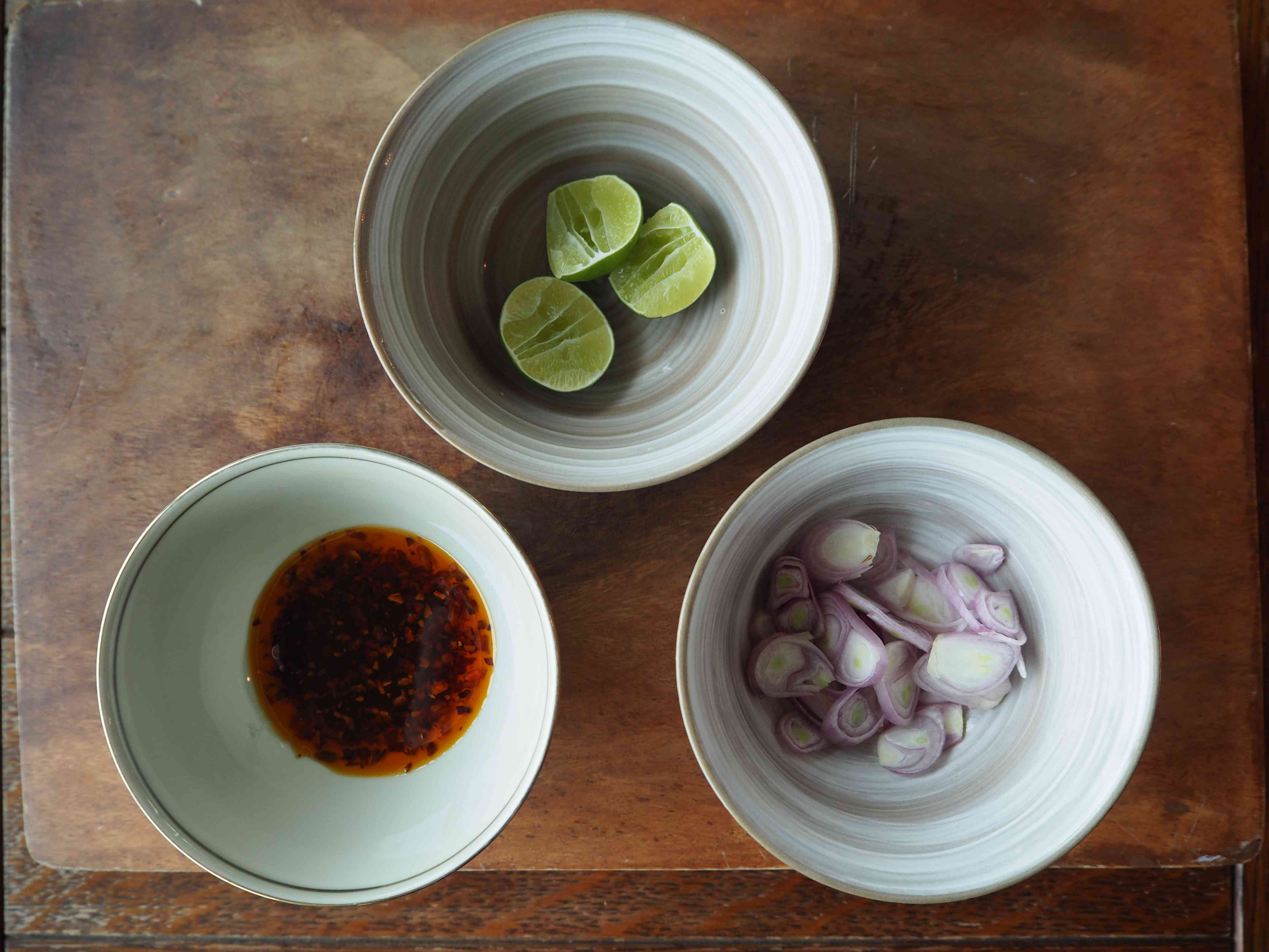 condiments for khao soi