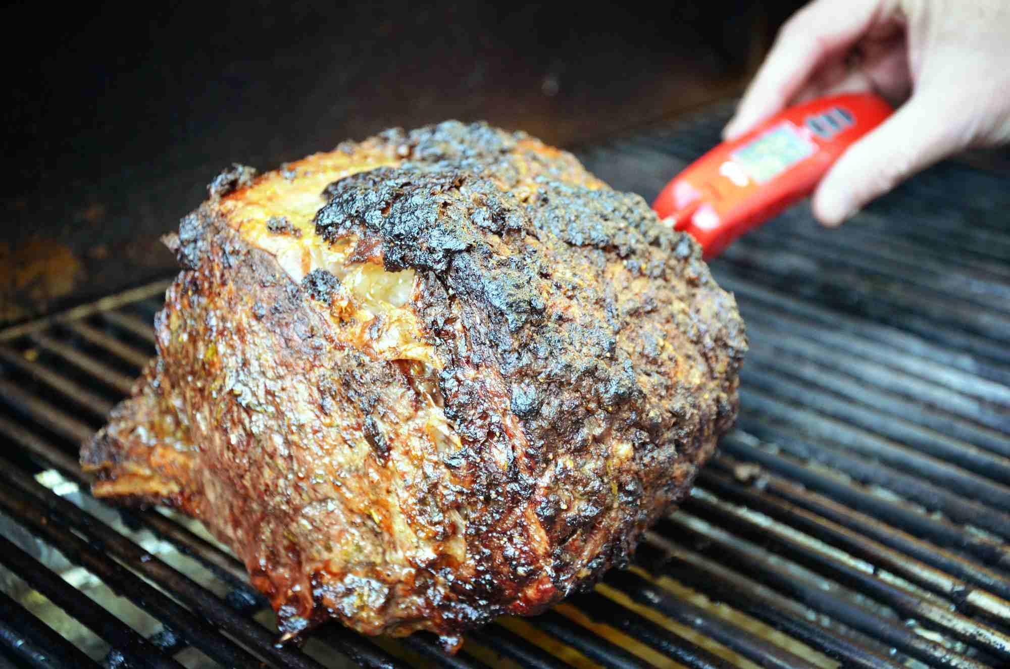 Rib roast temperature check