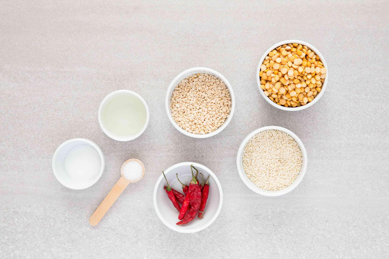 Molaha Podi: South Indian Gunpowder Chutney ingredients