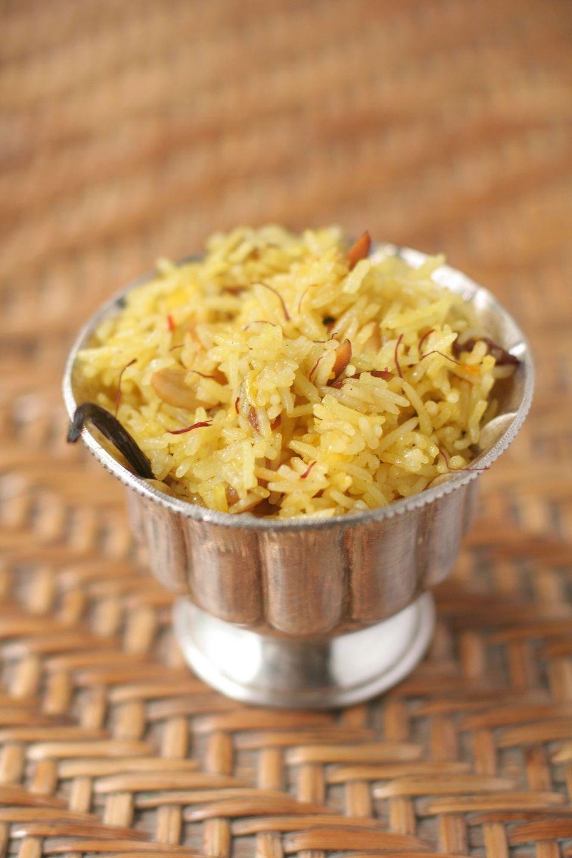 Receta tailandesa de arroz con coco y azafrán