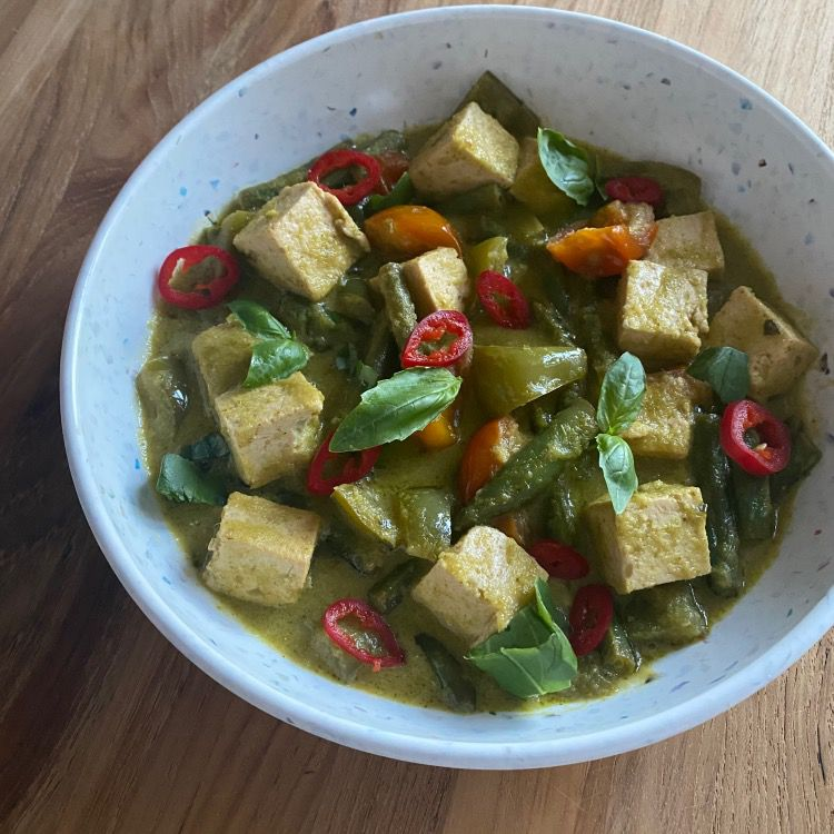 Vegetarian Thai Green Coconut Curry Tester Image