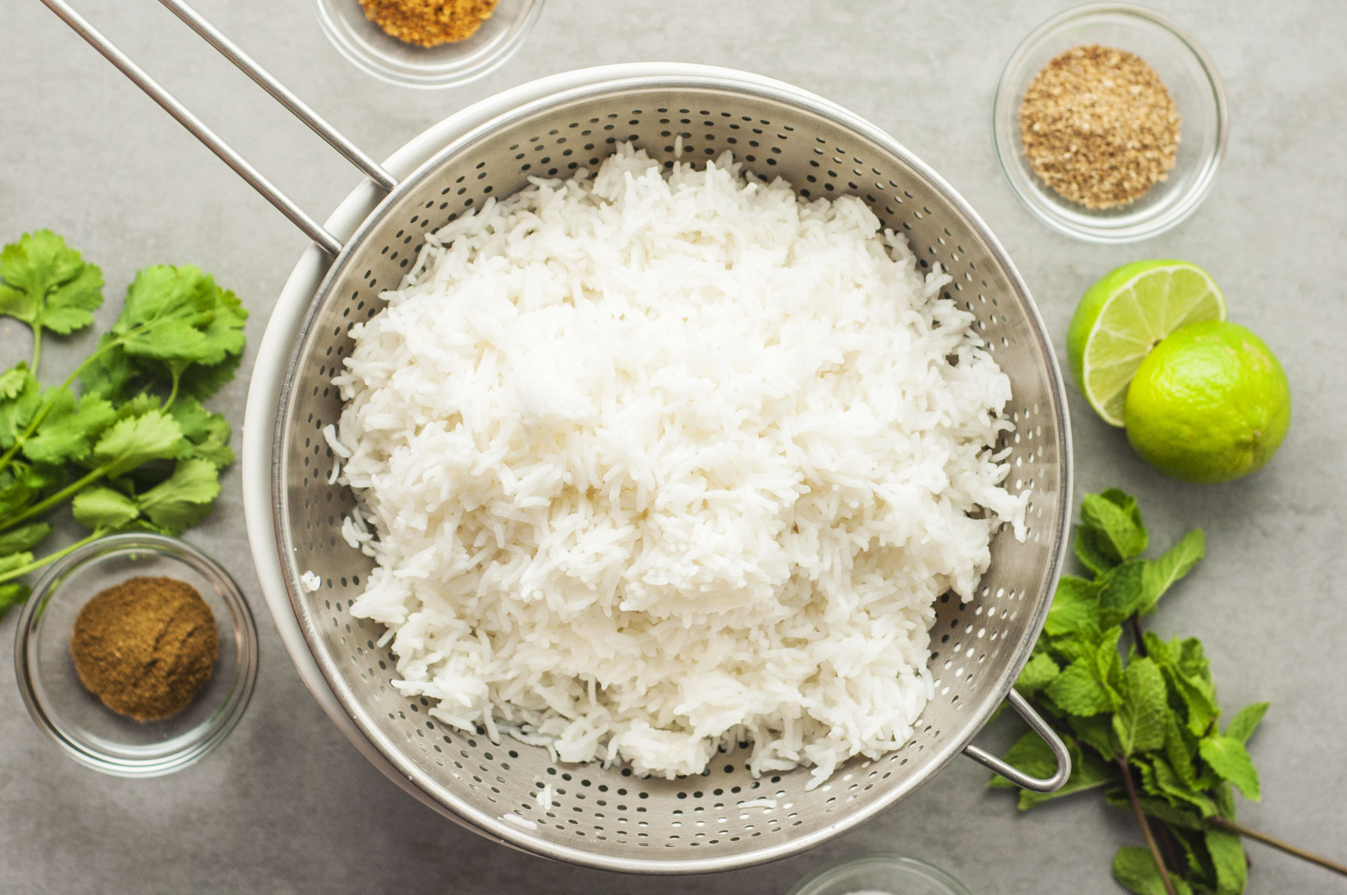 Strain rice and set aside