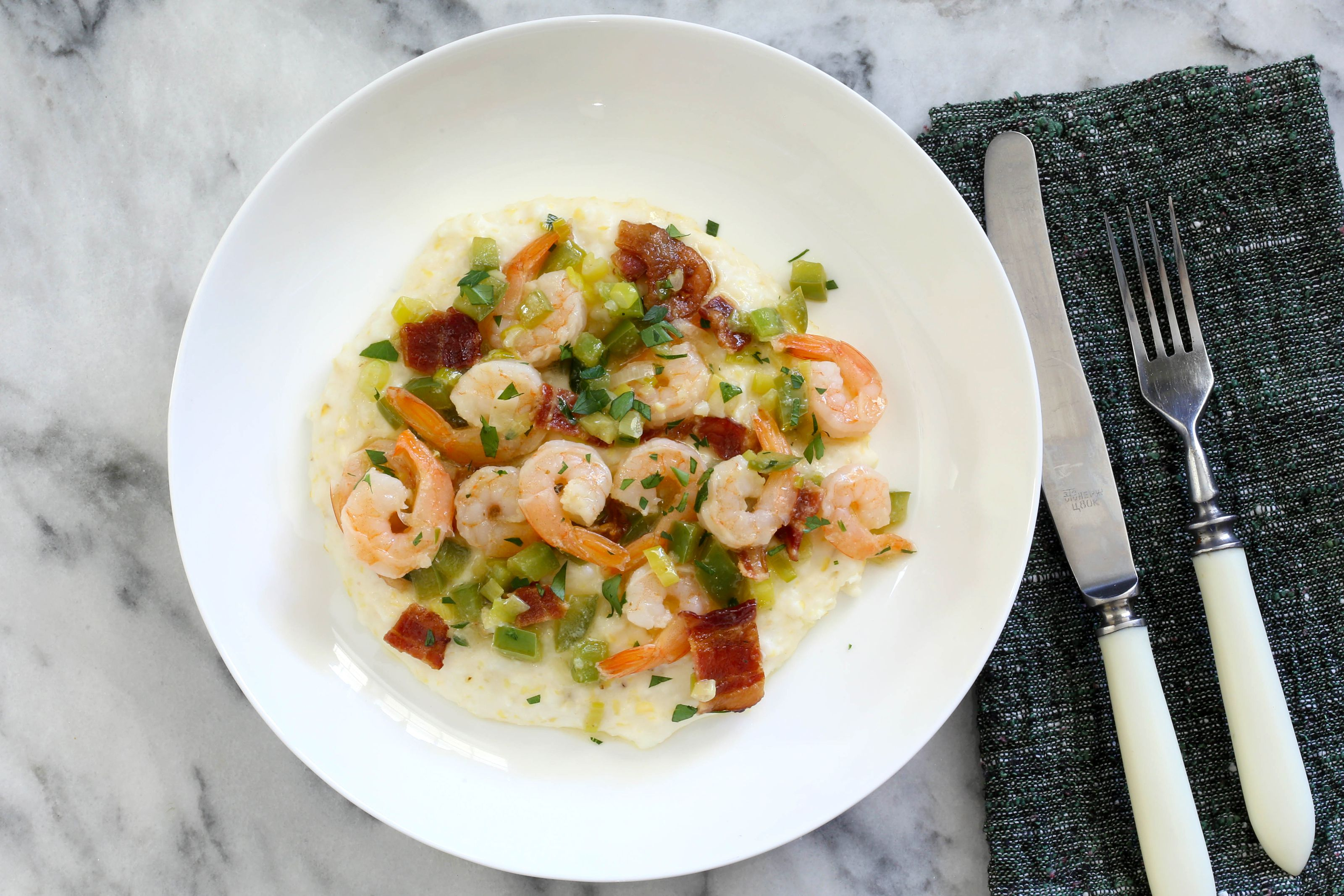 Instant Pot grits with shrimp and bacon.