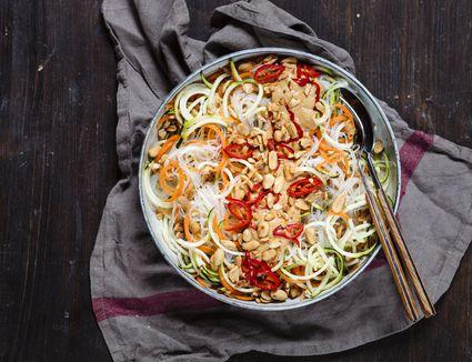 Raw Vegan Pad Thai salad