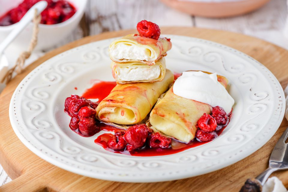 Jewish cheese blintzes recipe
