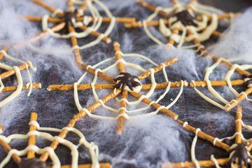 Spiderwebs candy