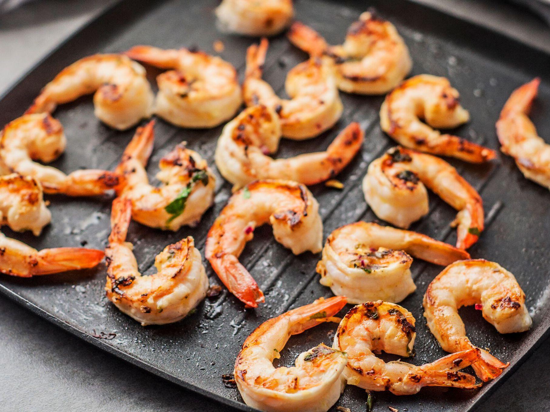 Grilled Jumbo Shrimp With Lemon Herb Marinade