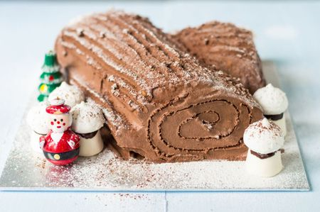 65 Best Christmas Desserts to Make Your Holiday Merry