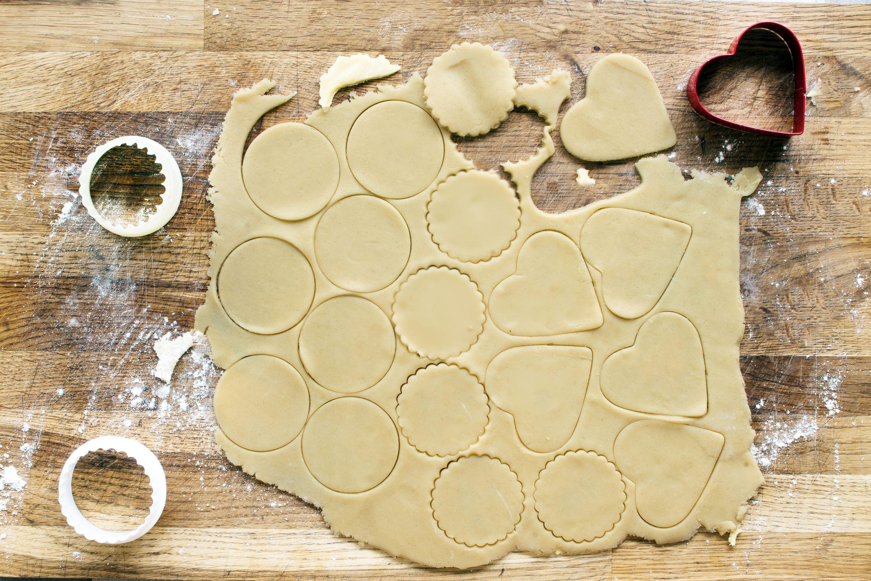 step by step sugar cookie — cut out cookies