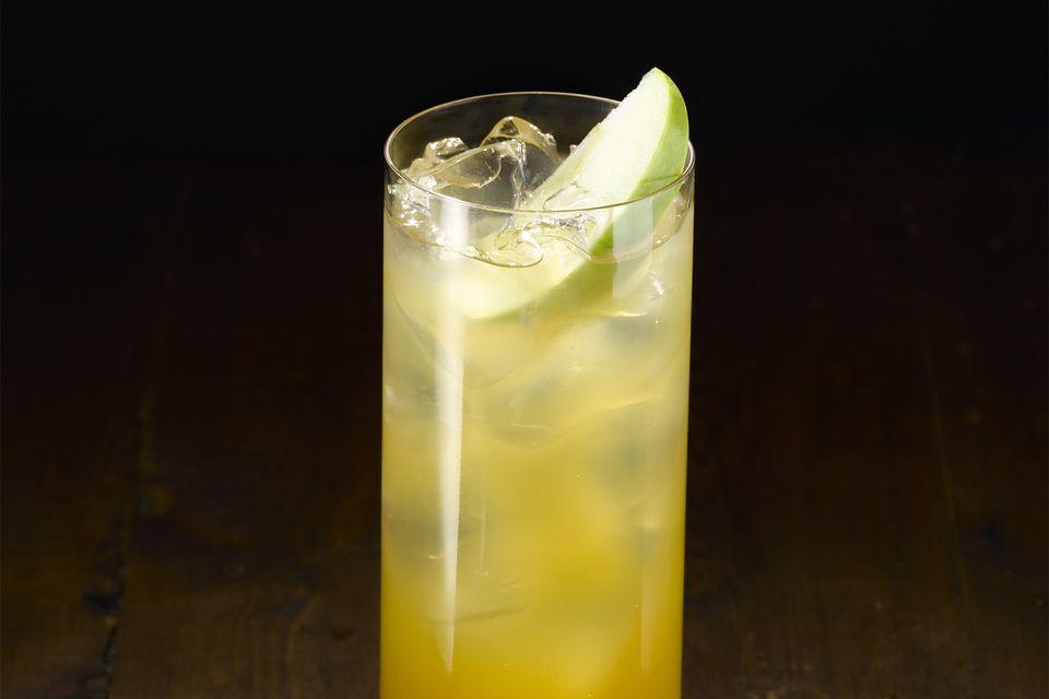 Thanksgiving Cider with Pinnacle Pumpkin Pie Vodka