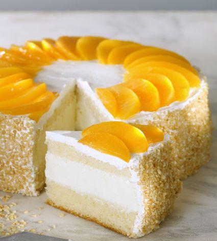 Peach meringue cakr