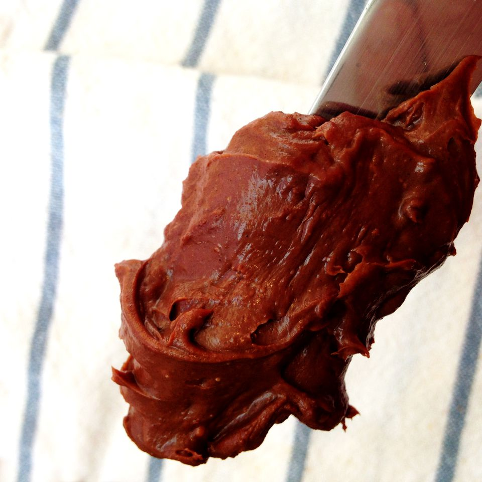 Easy Sour Cream Chocolate Frosting