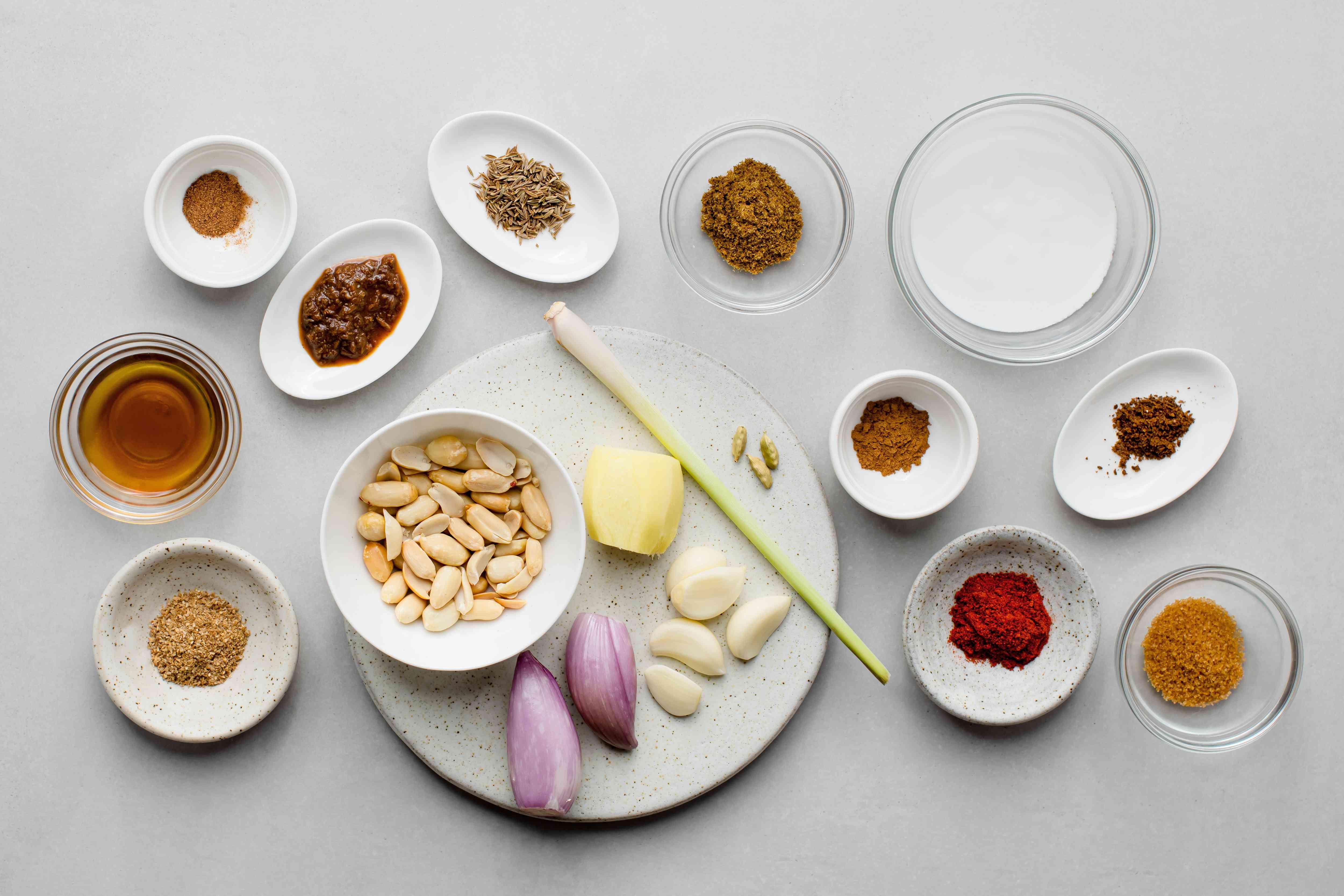 Thai massaman curry paste ingredients