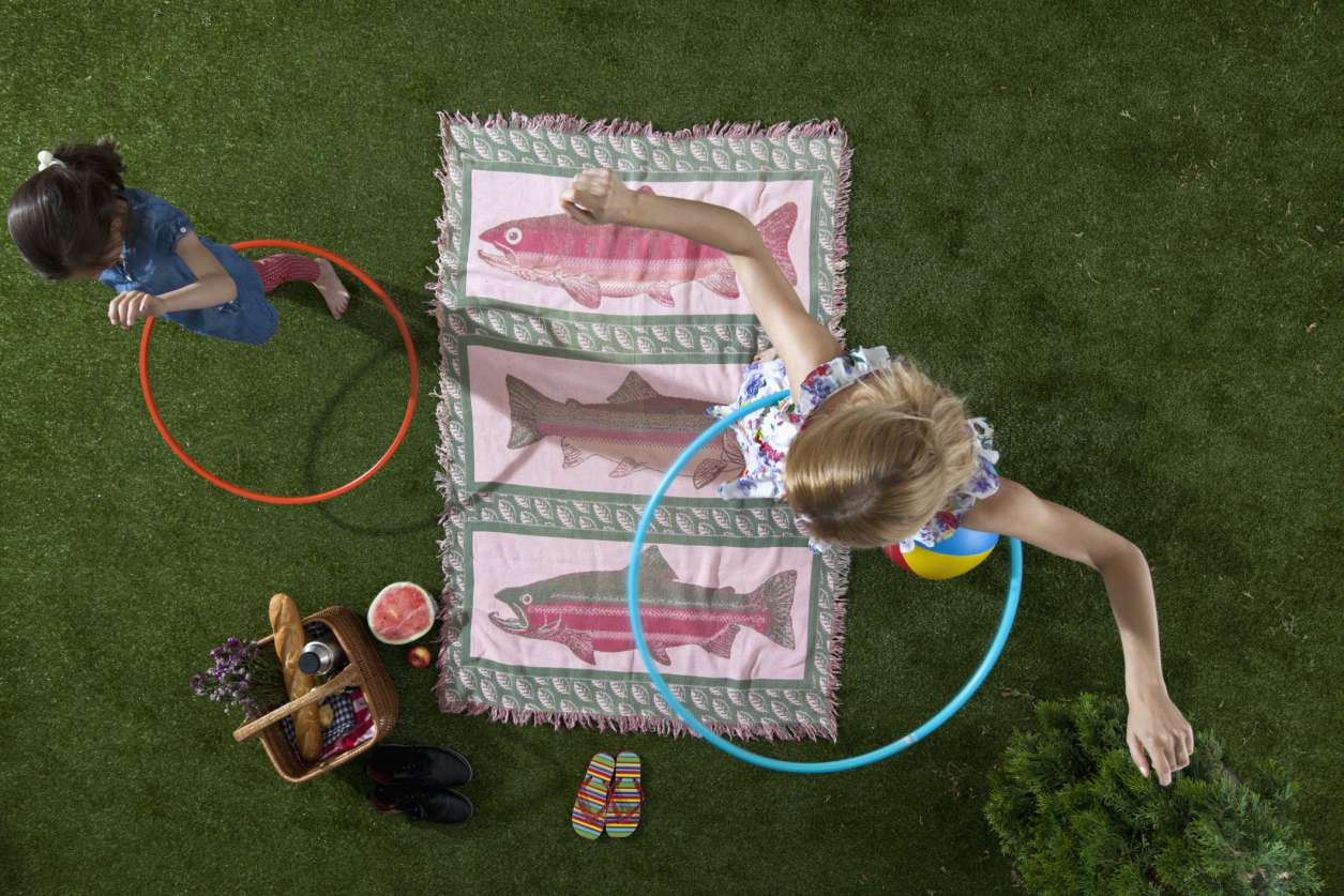 Summer Kids Activities hula hoops Picnic