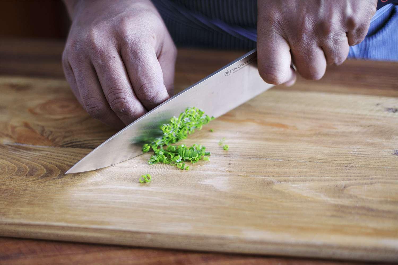 wusthof-classic-9-piece-knife-set-chopping