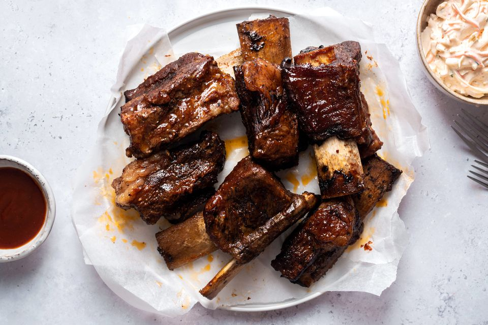 Slow Cooker Barbecue Beef Short Ribs