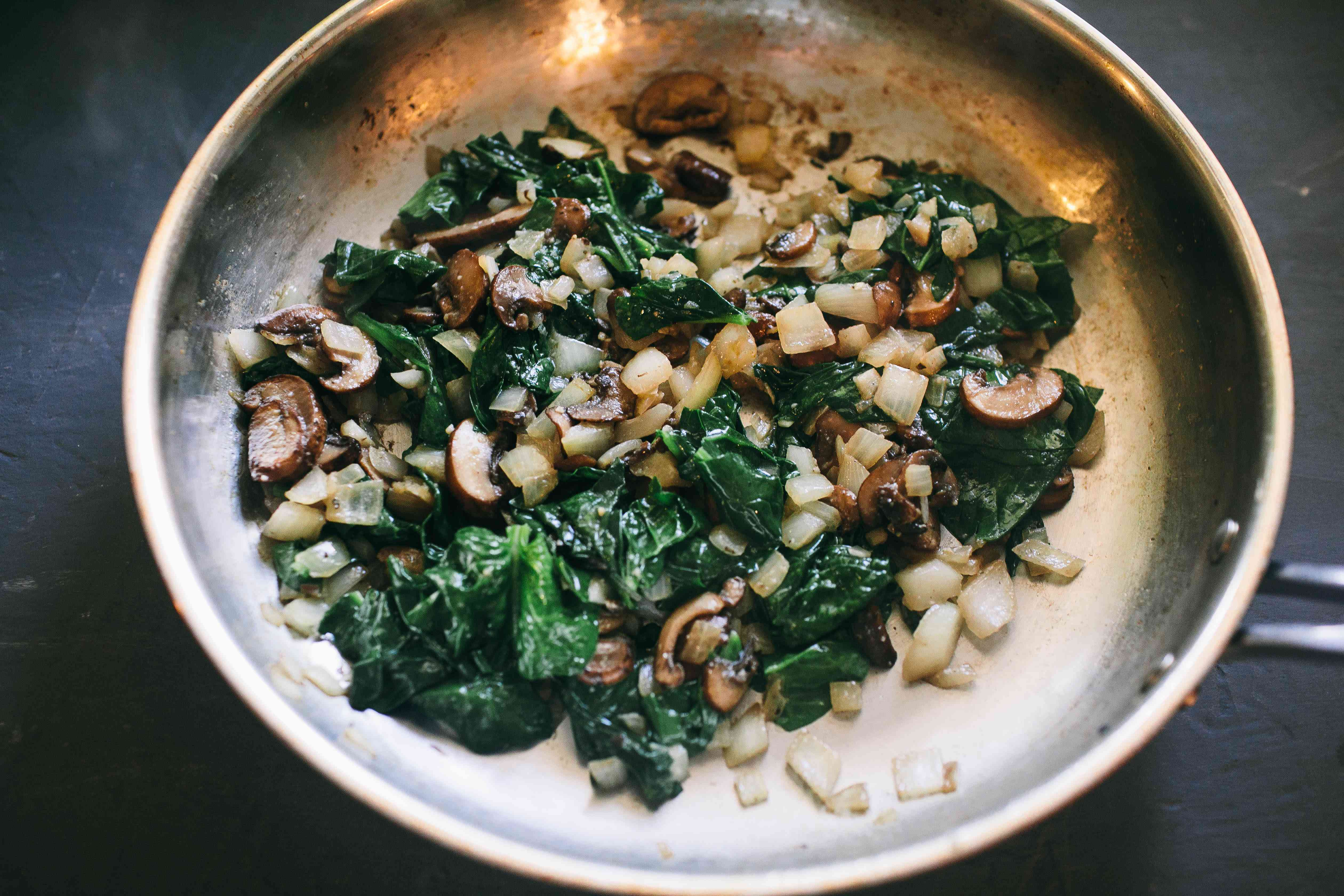 saute spinach with onions and mushrooms