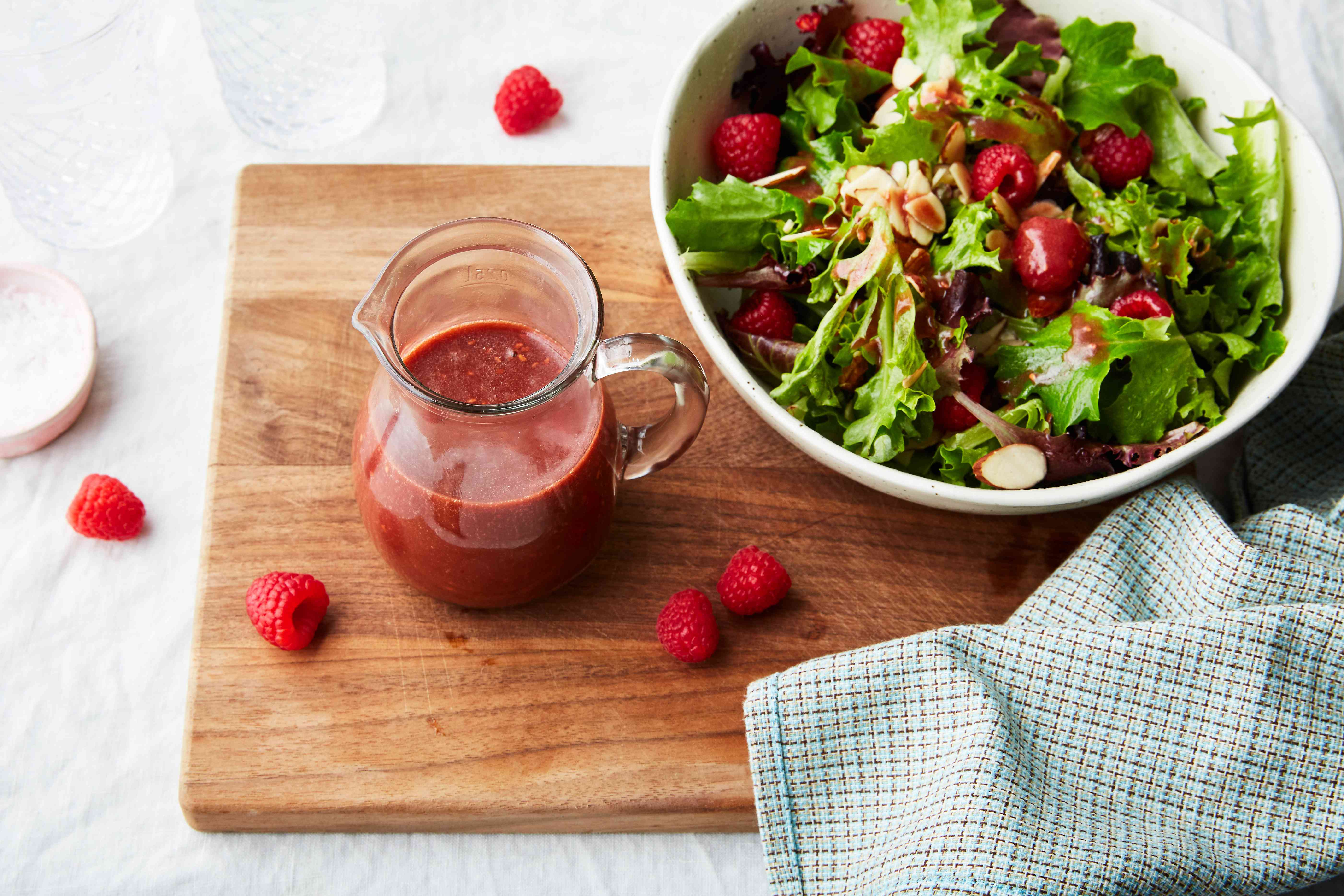 Easy vegan raspberry vinaigrette salad dressing