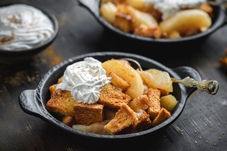 Crockpot apple brown betty