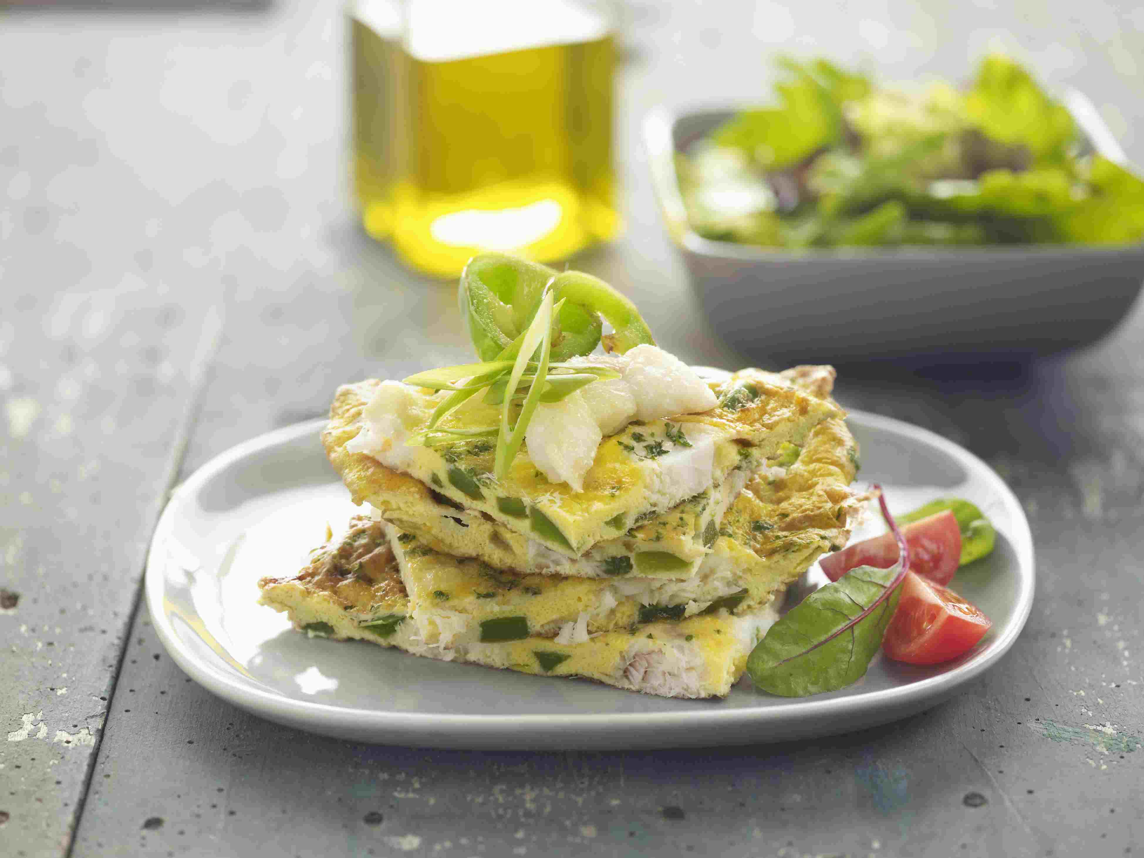 Fish, egg, cheese and green pepper frittata