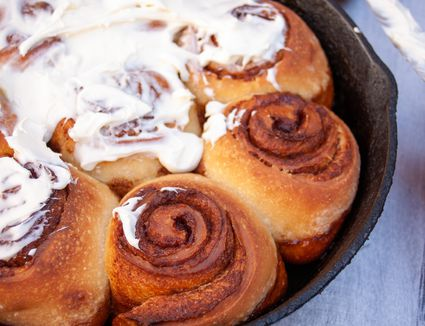 sourdough cinnamon rolls with cream cheese icing