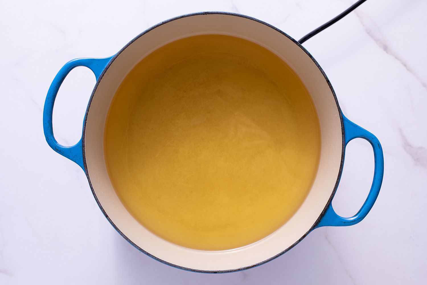 Dutch oven with oil