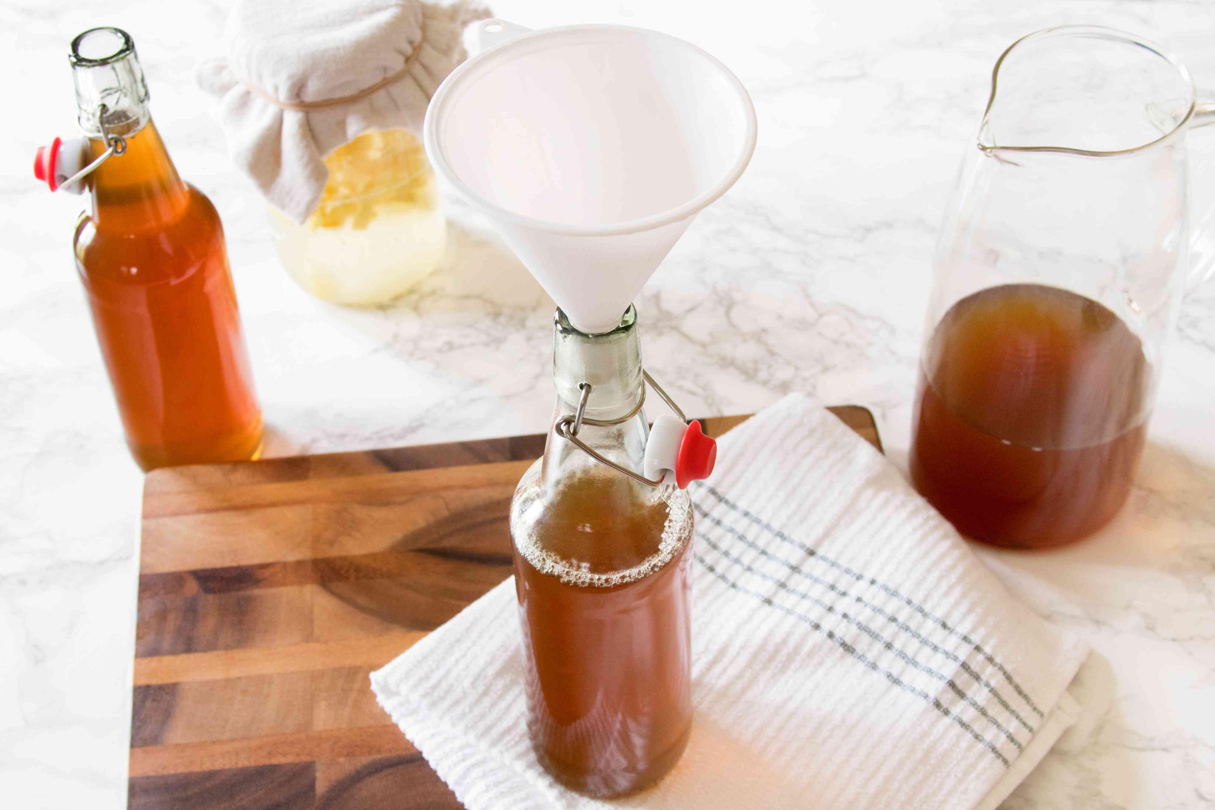 Bottling Ginger Bug-Fermented Soda