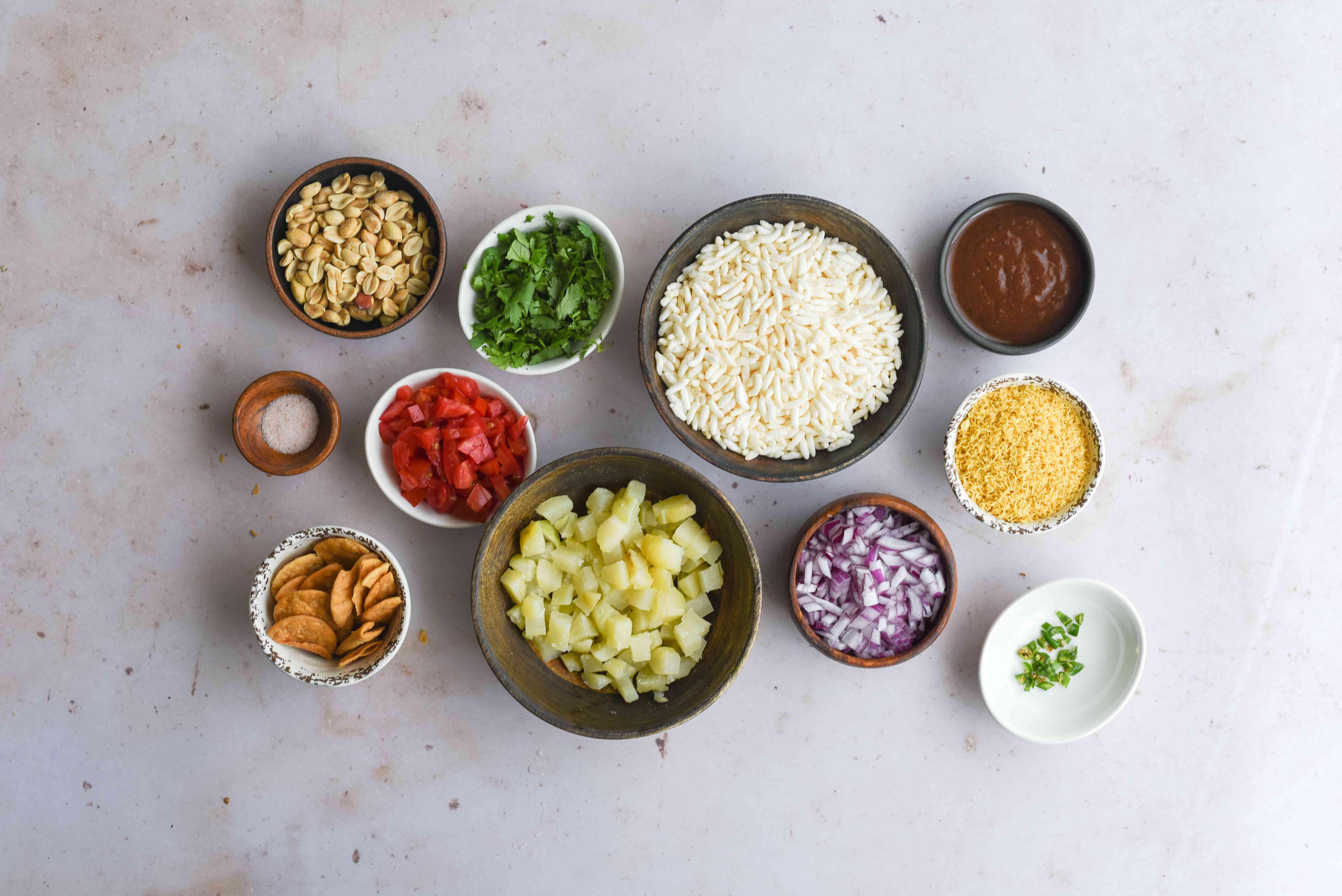 Bhel Puri snack ingredients
