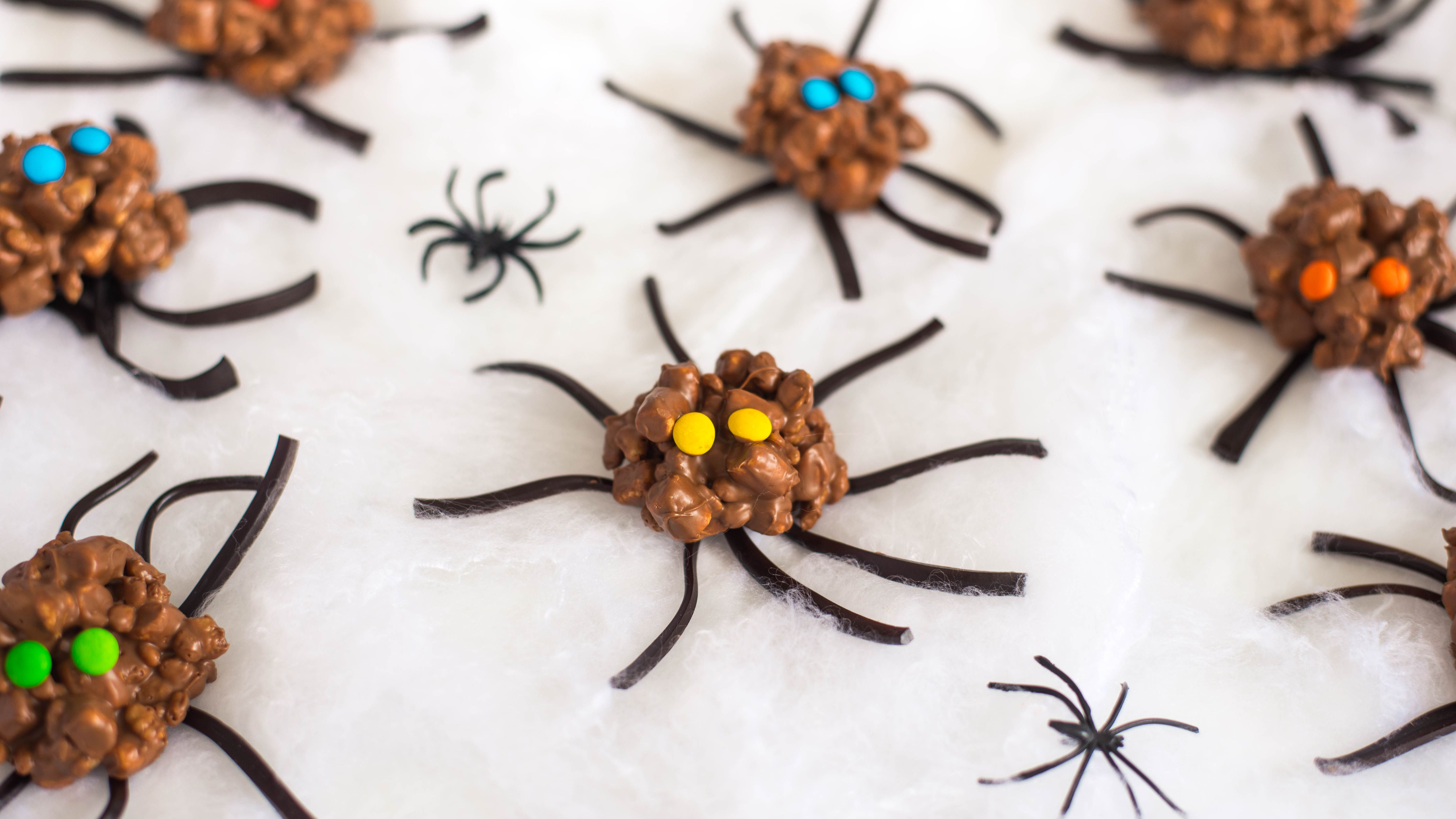 Halloween Candy Ideas.13 Spooky Halloween Candy Recipes