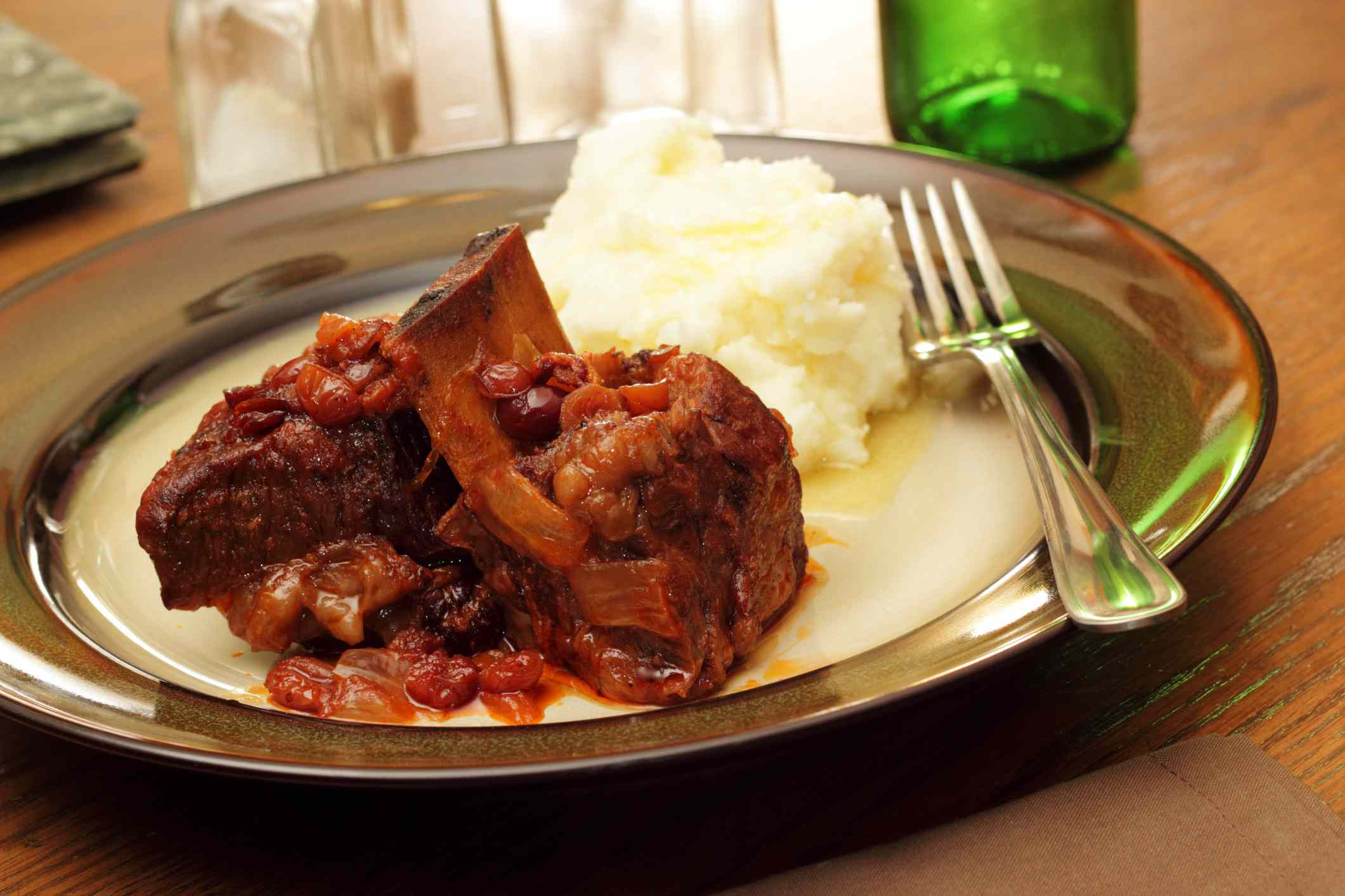 Beef Short Ribs in Tomato Sauce