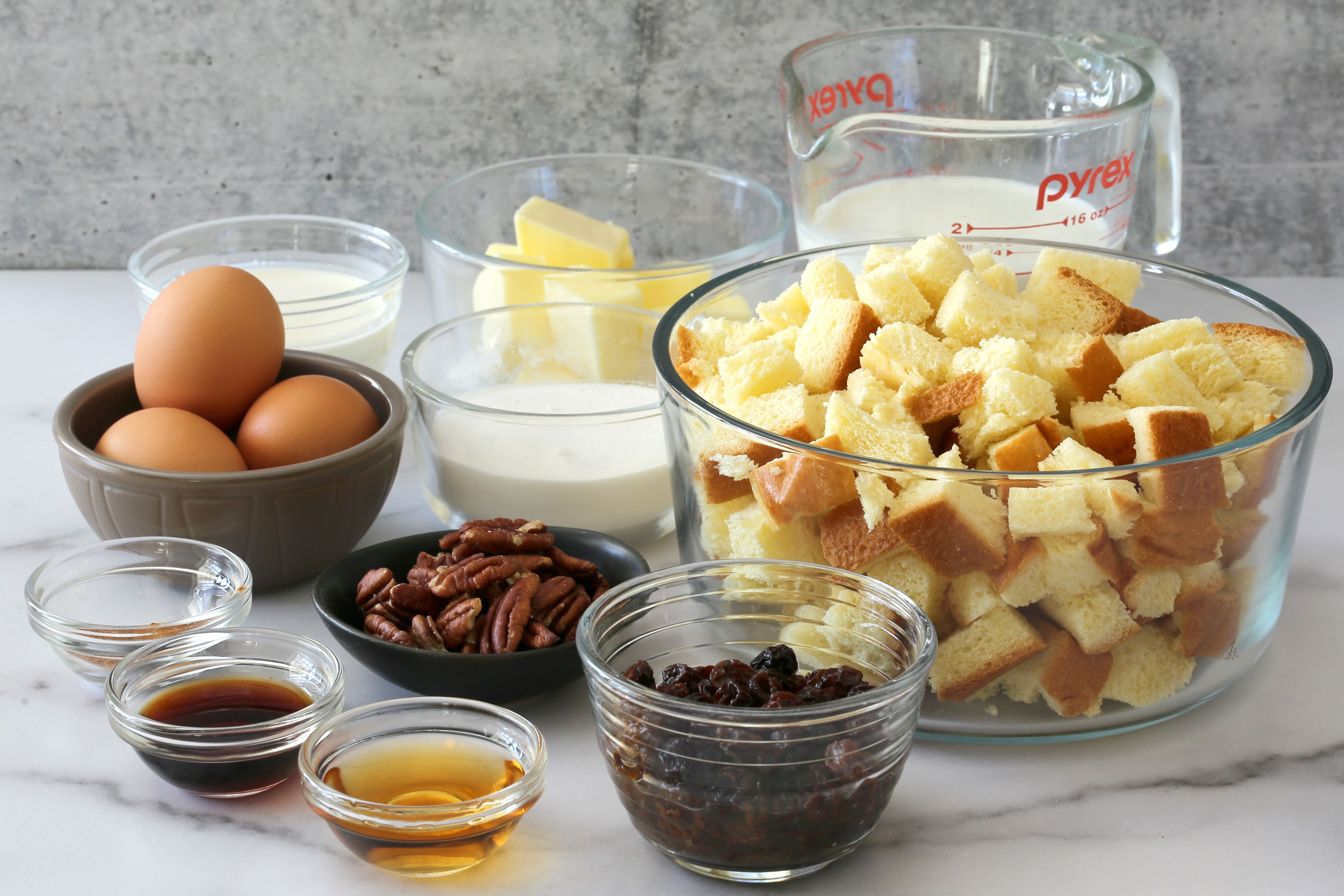 Ingredients for Instant Pot bread pudding.